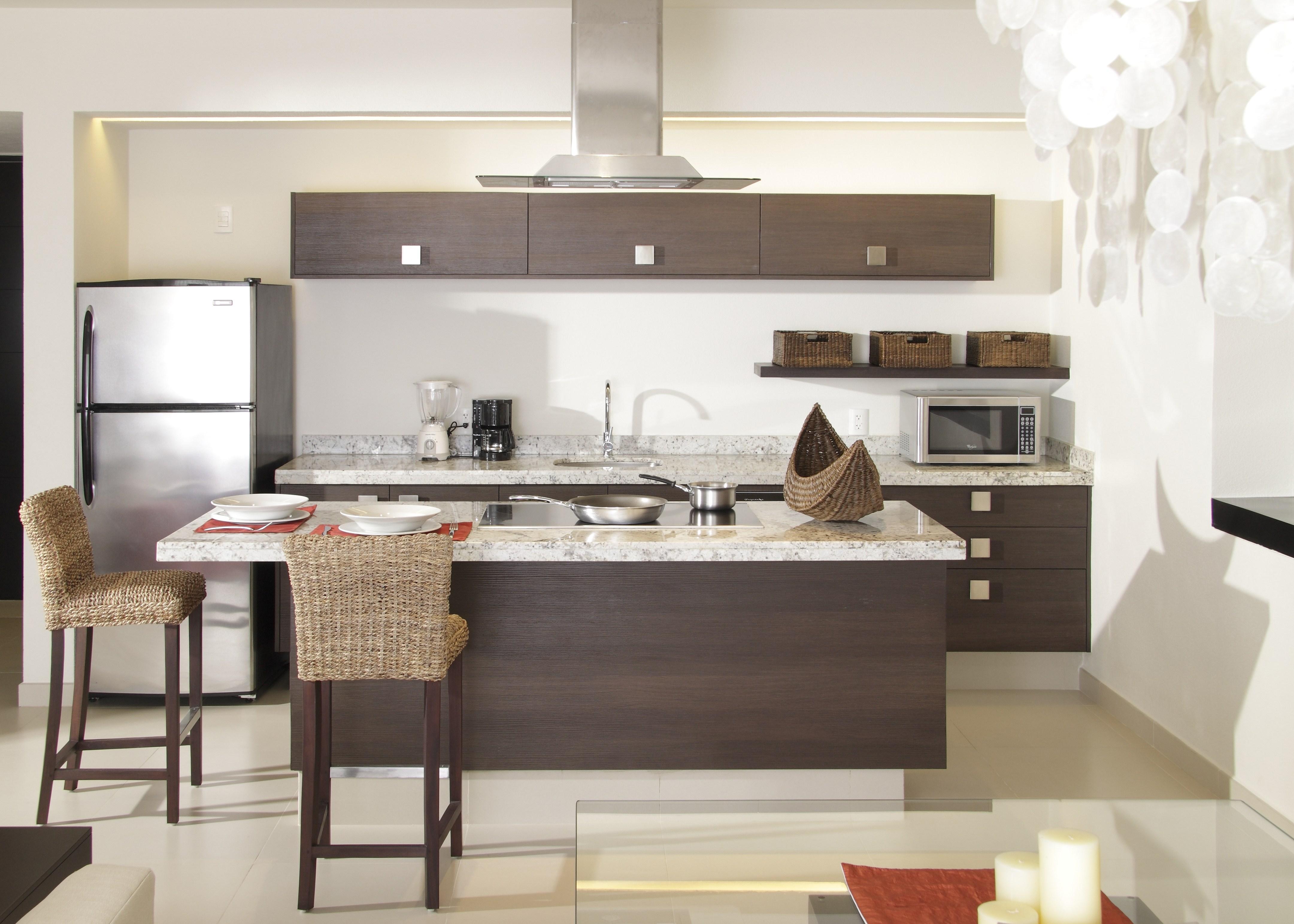 Cocinas con desayunador for Barras modernas