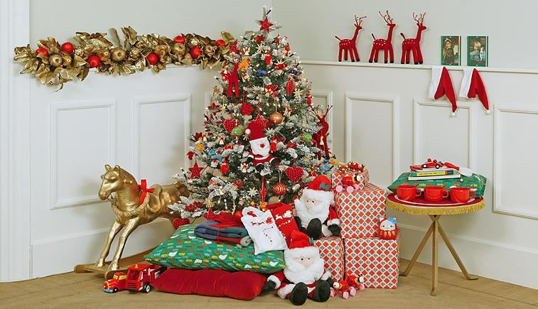 Como adornar en navidad - Como decorar pinas para navidad ...