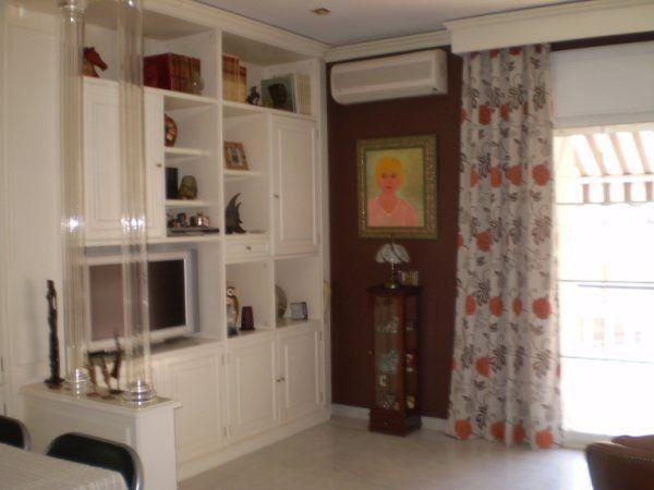 Como decorar un dormitorio juvenil peque o for Amueblar dormitorio juvenil pequeno
