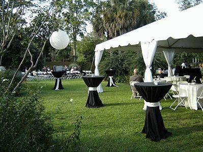 decorar una boda en el exterior.